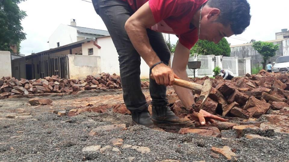 Resultado de imagen para obra de asfaltado en ALto Paraná